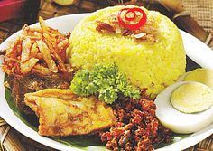 Yellow rice recipe indonesianFor those of you who want to make yellow rice, recipes and seasonings that are very adequate, […] Easy Soup Recipes, Chef Recipes, Asian Recipes, Chicken Recipes, Dinner Recipes, Cooking Recipes, Ethnic Recipes, Recipe Chicken, Cooking Ideas