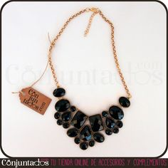 Nuestro collar geométrico de piedras negras es un collar babero que quedará de maravilla en tu cuello, si tienes que acudir a cualquier evento seriote. ¡Cambia en un sólo gesto tu outfit con este collar de color negro y dorado! http://www.conjuntados.com/collares/collar-geometrico-de-piedras-negras.html #necklaces #fashion #accesorios #complementos #bisuteria #jewelry #bijoux #shopping #trendy #tendencias #tendances #moda #estilo #style #PymesUnidas