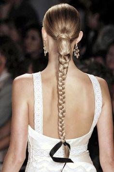 Faça você mesma: 15 Penteados de Verão - Gosto Disto!