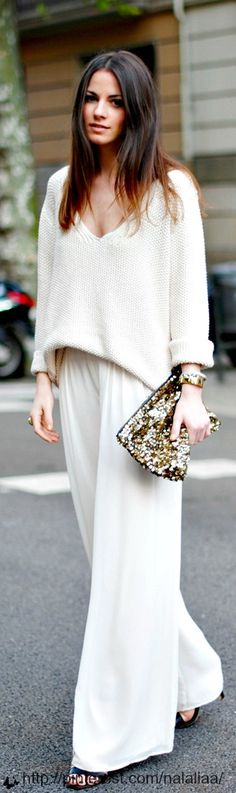What a grand look! Sweater and pants? Perfection! Cropped sweater and palazzo pants!