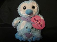 99 Cent Auction of the Day:  A Precious Moments Gwen the penguin plush beanie.  Adorable! 10/06/13