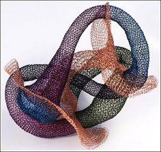 Wire Sculptures From Around The World (36) 6