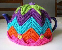 стола, вязание, грелки на чайник