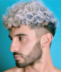 Curly Hair Styles With Undercut-Platinum Undercut Curly Hair Styles With Undercut-Platinum Undercut Dyed Hair Men, Wavy Hair Men, Thick Curly Hair, Colored Curly Hair, Curly Hair Styles, Trendy Hair, Mens Hair Colour, Hair Color Blue, Blue Hair