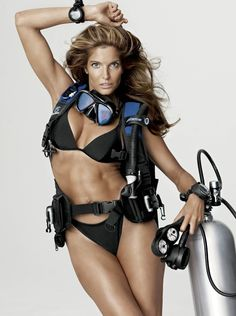 Stephanie Seymour is Sexy for V Magazine V Magazine, Stephanie Seymour Bikini, Best Fashion Photographers, Scuba Girl, Swimwear Model, Hot Bikini, Bikini Babes, Supermodels, Editorial Fashion
