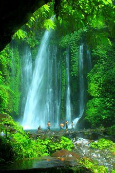 Air Terjun Tiu Kelep, Indonesia
