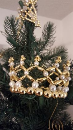 Crown of the Apostles. Copyright 2009, Rufty's Christian Symbols.