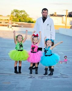 Posh Power Puff Girls Inspired Tutu Dress (Blossom, Bubbles, and/or Buttercup Option) Family Halloween Costumes, Diy Costumes, Happy Halloween, Little Girl Dress Up, Girls Dress Up, Power Girl Cosplay, Powerpuff Girls Costume, Super Hero Costumes, Mlp