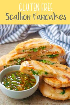 These vegan and gluten free scallion pancakes are the perfect salty appetizer for game day. They're loaded with green onions and jalapeños and have an ADDICTIVE dipping sauce. Gluten Free Diet Plan, Gluten Free Dinner, Vegan Gluten Free, Gluten Free Recipes, Dairy Free, Jamaican Fried Dumplings, Healthy Appetizers, Healthy Salty Snacks, Holiday Appetizers