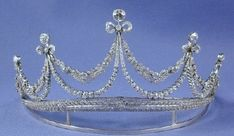 Marie Immaculee's Diamond Bow Tiara; Worn At: 2016 Vienna Opera Ball --- Wedding Ball for Michael and Johann --- 2016 Thurn and Taxis Prince's Day State Banquet