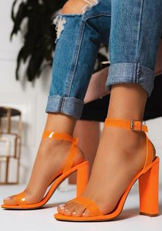 BEST PROFILE WITH FASHION AND TREND SHOES