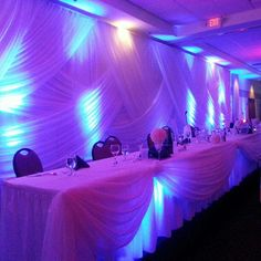 Wedding backdrop and head table... so pretty! #wedding www.rentexrentals.com