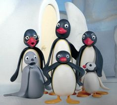Learn the language of penguin with Pingu Do you know what sound does penguin make? Pingu is a classic clay animation from Swiss that talks about a simple story of the family of Pingu and the interesting things happened[[MORE]] in South. The Ultimate Warrior, Kids Tv, 90s Kids, Pingu Pingu, Pingu Cake, Pingu Memes, Polymer Clay Figures, Kids Growing Up, Dvd