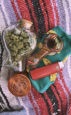 stoner girl Storage And Organization record storage and file organization in dbms Trippie Redd, Stoner Art, Pipes And Bongs, Puff And Pass, Mary J, Bad Girl Aesthetic, Smoking Weed, Smoke, Weed