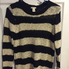 Forever 21 Sweater Gently used. Forever 21 Sweaters