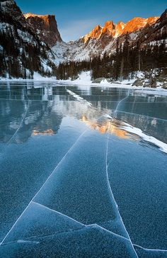 Frozen Dream Lake, Rocky Mountain,Colorado