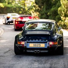 Best Porsche Inspiration : Illustration Description For the Love of All Things German and Air Cooled -Read More – Porsche Panamera, Porsche Autos, Porsche Cars, Custom Porsche, Porsche Classic, Classic Cars, Classic Auto, Classic Motors, Singer Porsche