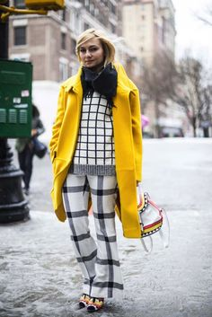 Nicely mixed: One of the tips for mixing prints is combining the same print in different sizes.!