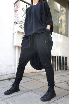 Loose Casual Black Drop Crotch Harem Pants / by Aakasha on Etsy