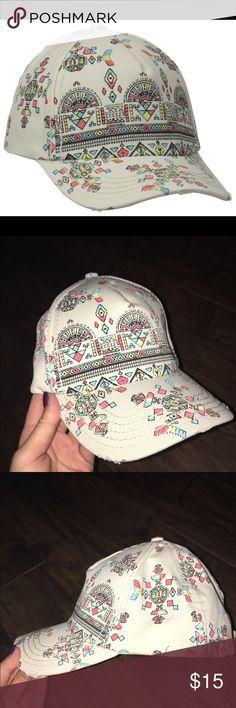 Billabong Patterned Trucker Hat Comfy, never worn Billabong hat with an adjustable strap in the back. Billabong Accessories Hats