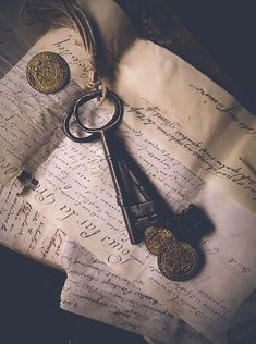 Miss Teach - An (Unofficial) Pirates of the Caribbean Tale Character Inspiration Fantasy, Story Inspiration, Writing Inspiration, Witch Aesthetic, Book Aesthetic, Character Aesthetic, Gothic Aesthetic, Slytherin, Hogwarts