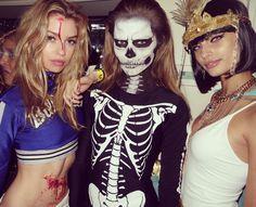 Stella Maxwell en cheerleader, Josephine Skriver en squelette et Taylor Hill en Cléopâtre