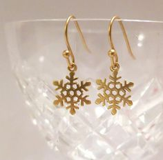 Gold Snowflake Earrings Winter Snow Cool Frozen by AngelPearls etsy $19 CLICK pic & use coupon code PIN10 for 10% off all ITEMS IN MY SHOP ♥