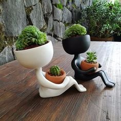 Planters by Estudio Floga - Architecture and Home Decor - Bedroom - Bathroom - Kitchen And Living Room Interior Design Decorating Ideas - Head Planters, Indoor Planters, Ceramic Planters, Garden Planters, Indoor Garden, Planter Pots, Succulent Planters, Diy Garden, Cacti And Succulents