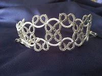 CM-Handmade: Simple pattern for the bracelet white and silver