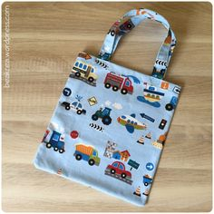 Baby Knitting Patterns Bag Children's bag {jute bag for children} with mini tutorial Baby Knitting Patterns, Knitting Blogs, Free Knitting, Knitting Projects, Sewing Projects, Sewing Tutorials, Sewing Patterns, Crochet Patterns, Sewing Dress