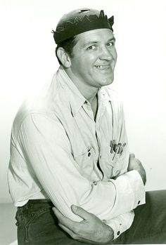 """George Lindsey, who portrayed """"Goober Pyle - Gomer's cousin - on The Andy Griffith Show has died at the age of 83. Random fact: Lindsey was Gene Roddenberry's first choice to play Spock on Star Trek. (Image courtesy of wikimedia.org) http://dailyob.it/GLindsey"""