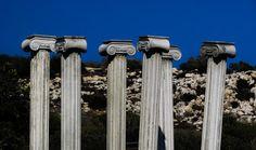 Da li ste se ikada zapitali šta spaja, a šta razdvaja, savremene Grke sa njihovim slavnim precima? Ovaj tekst će vam pomoći da saznate nekoliko stvari koje su iste/različite u …