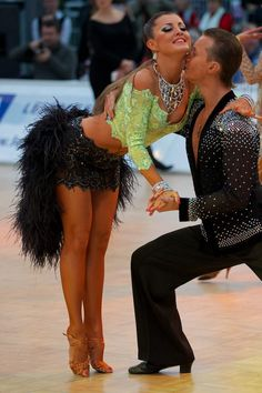 Black feathers #ballroom #dancing