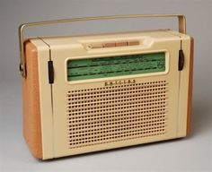 Listen to old time radio shows for free. Hear some of the greatest shows ever produced for radio and some recordings of major historical events. Radios, Techno, Pocket Radio, Old Time Radio, Transistor Radio, Record Players, Phonograph, Hifi Audio, Retro