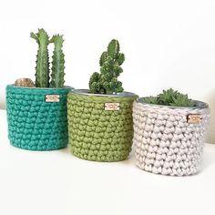 Small Crochet Planter / Crochet Pot / Planters & Pots / Home Decor / Crochet Container / Galvanized Steel Flower Pot / Succulent Planter