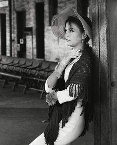 "Natalie Wood ... on set of ""Property', 1966"