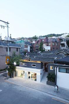 성북동 한옥 리노베이션(유달리 한옥): 에스플러스 디자인의 주택