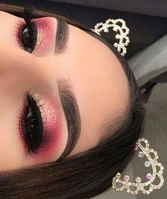 Profesionální make-up - Photo - inspirace makeup - hashtag {} Makeup Eye Looks, Eye Makeup Art, Beautiful Eye Makeup, Cute Makeup, Glam Makeup, Eyeshadow Makeup, Eyeshadows, Creative Eye Makeup, Colorful Eye Makeup