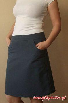 Gotowy wykrój - krótka spódniczka Skirt Tutorial, Couture, Rock, Clothing Patterns, Free Pattern, Mini Skirts, Sewing, Casual, How To Wear