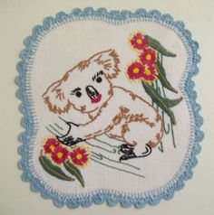 VINTAGE HAND EMBROIDERED LINEN DOILY WITH KOALA ON TREE BRANCH