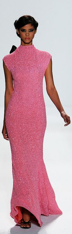"any color but pink! ""❆Venexiana Spring 2010 ❆ http://www.fashionologie.com/New-York-Fashion-Week-Venexiana-Spring-2010-4896876"""