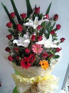 Flower assortment Chocolates, Floral Wreath, Bouquet, Wreaths, Bear, Flowers, Home Decor, Homemade Home Decor, Door Wreaths