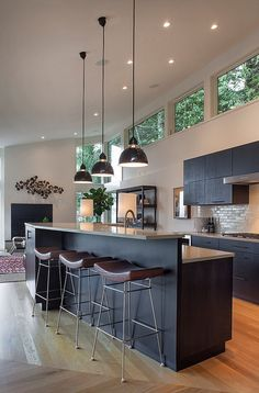 Phenomenal 1950s ranch remodel in Portland Hills by Scott Edwards Architecture