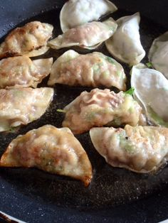 Gyoza is a typical Japanese appetizer (via How to make... Gyoza is a typical Japanese appetizer  (via How to make Pork and Beef gyoza - LiteracyBase)
