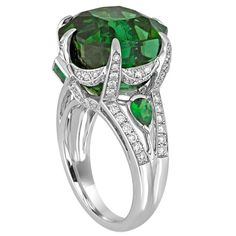 IGI Certified 19.00 Carats Tourmaline Tsavorite Diamond Gold Ring