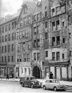 Brodie's Close, High Street, Edinburgh 1956.