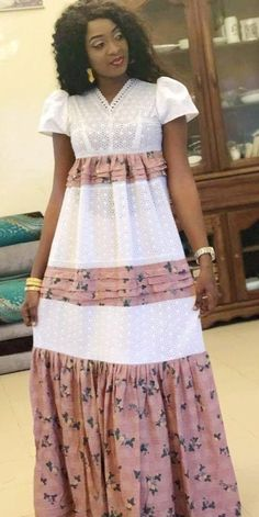 Ankara Fashion 700309810785190793 - Robe Source by Sadioodle Best African Dresses, African Fashion Ankara, African Traditional Dresses, Latest African Fashion Dresses, African Print Fashion, African Attire, Nigerian Fashion, African Lace, Mode Top
