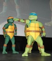 """How to Dress Up as the Rat From """"Teenage Mutant Ninja Turtles"""" thumbnail"""