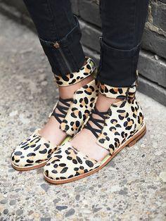 cheetah, flat, shoe