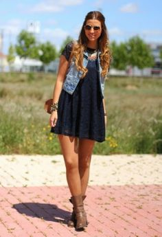 Flow-y dress & denim jacket with boots